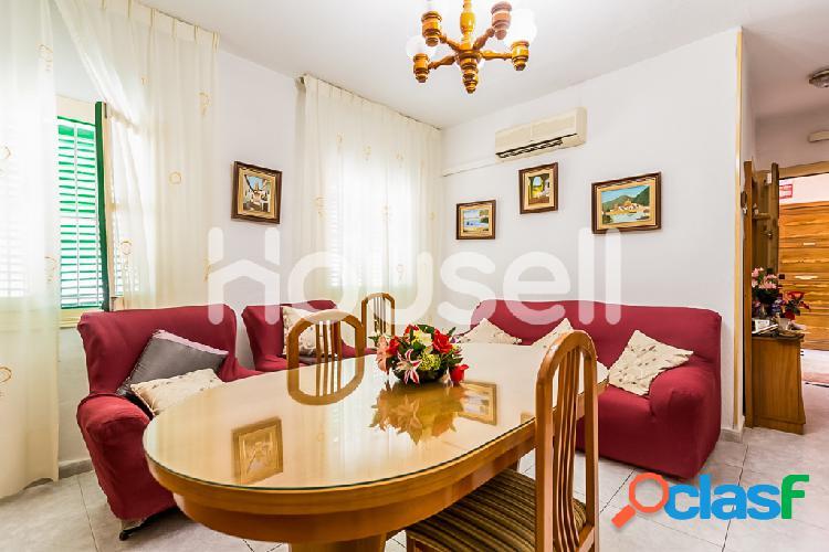 Piso en venta de 60m² en Calle Ferrobus, 04007 Almería 2