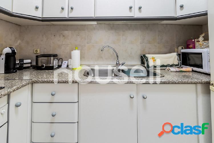 Piso en venta de 60m² en Calle Ferrobus, 04007 Almería 3