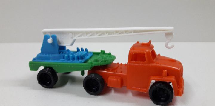 Camion trailer grua. marca vam - zaragoza. juguete kiosko
