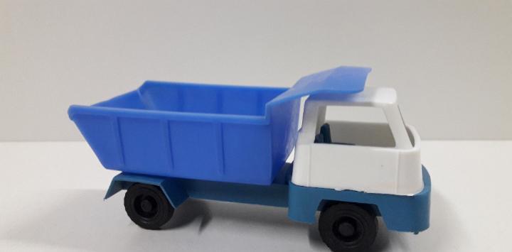 Camion volquete. juguete kiosko años 70. medida de largo 13
