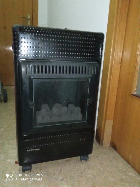Estufa gas butano, chimenea