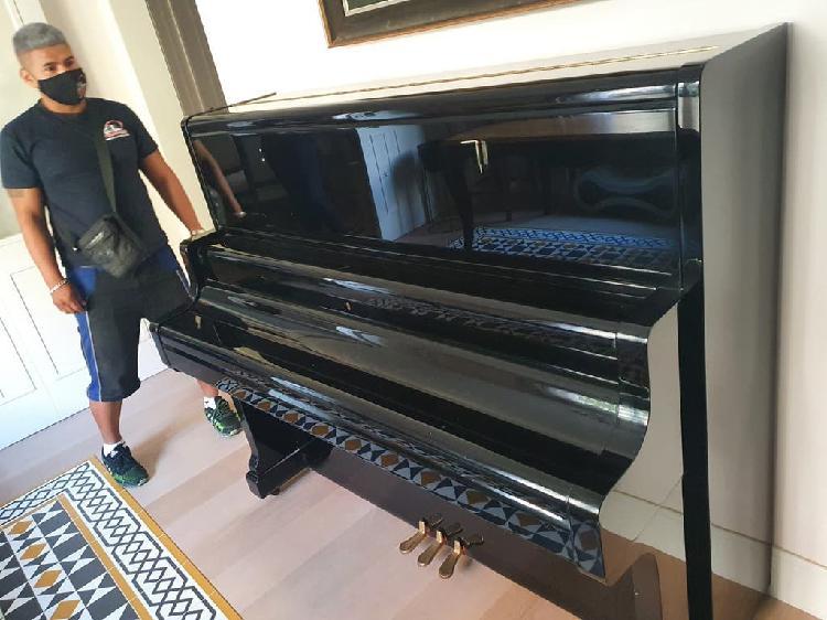 Manipulación y transporte de pianos
