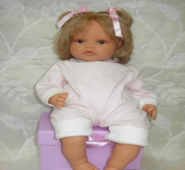 Preciosa muñeca de antonio juan *impecable*