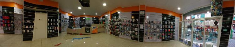Traspaso tienda de accesorios móviles y pc