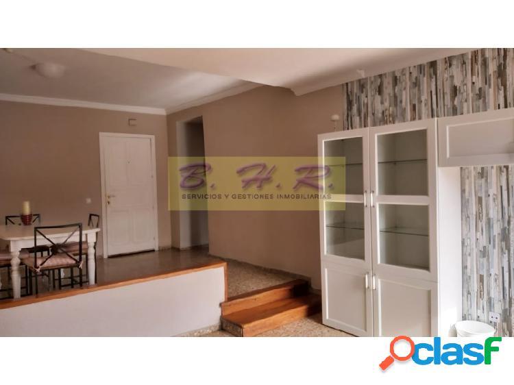 Se vende bonito y céntrico piso en Los Cristianos