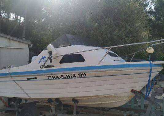 Embarcación de recreo de 4,60 m eslora