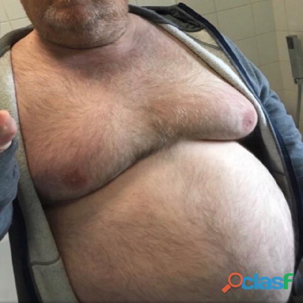 Busco maduro gordote fuerte mayor de 50