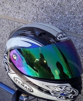 Casco moto... vemar.... alta gama..año 2005.costo nuevo 320