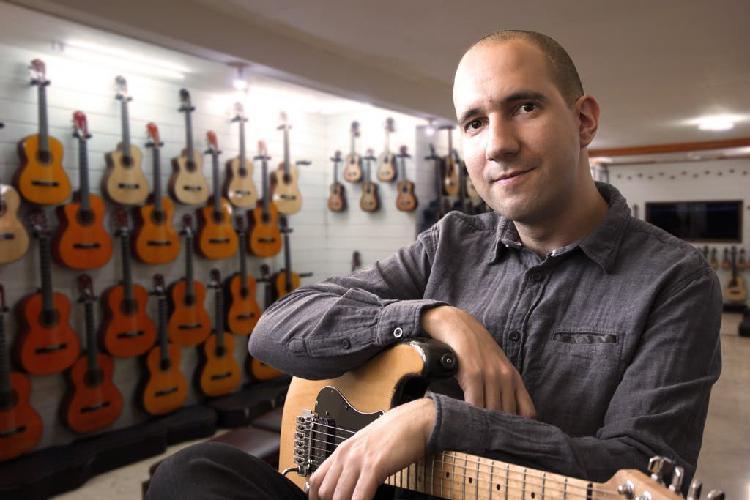 Clases guitarra en arturo soria / chamartin