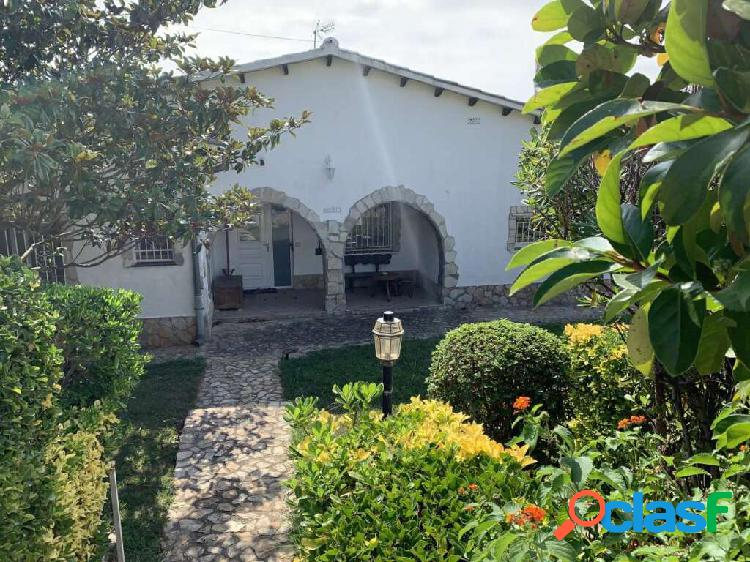 Nice house with pool in mas pallí