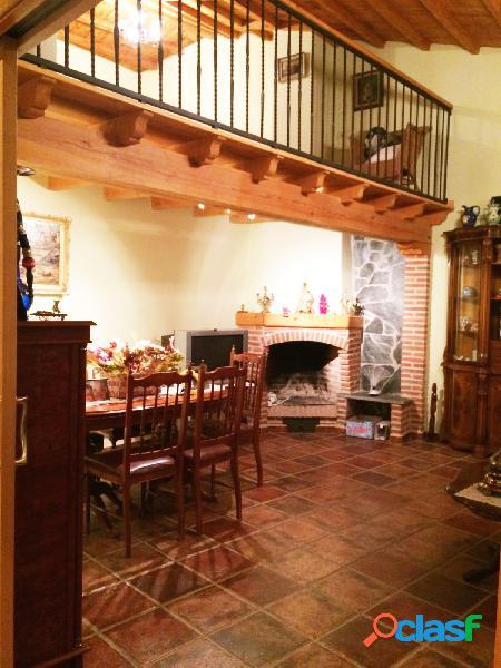 Urbis te ofrece una estupenda casa en venta en san pedro de rozados, salamanca.