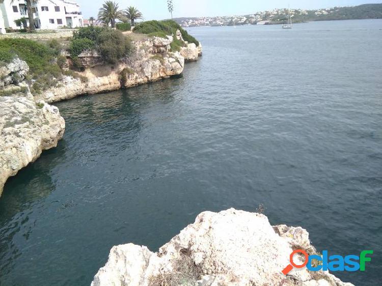 Primera linea de mar, es castell, menorca