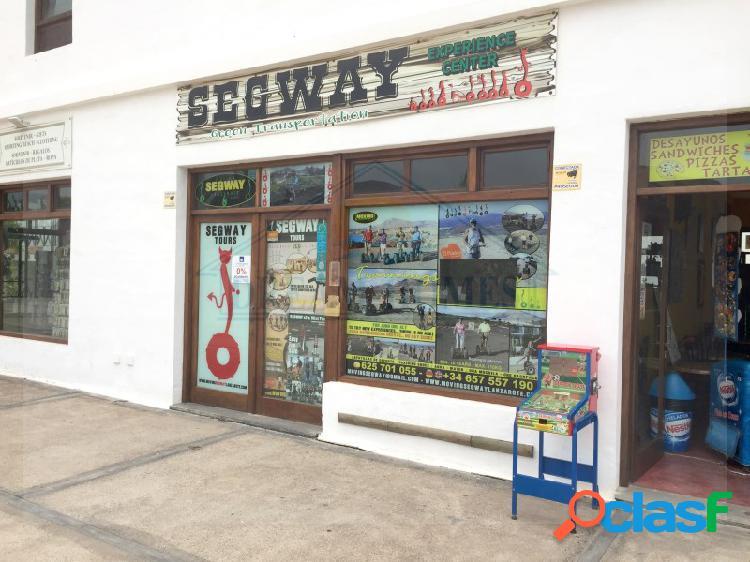 Local comercial en playa blanca