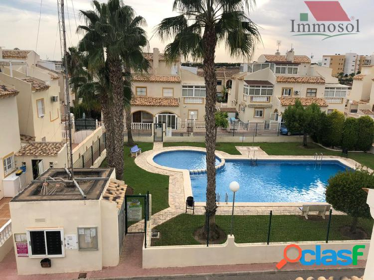 Oportunidad duplex en playa flamenca cerca del centro comercial boulevard