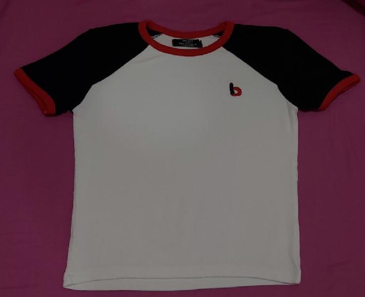 Camiseta de manga corta del bershka