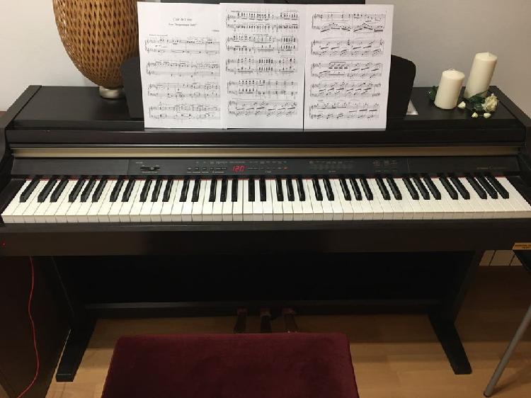 Piano yamaha clp-930 + banqueta + conector jack