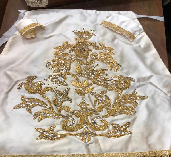 Falda de saya bordado de aplique para virgen - medida largo