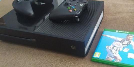 Xbox one con 2 mandos y 1 juego