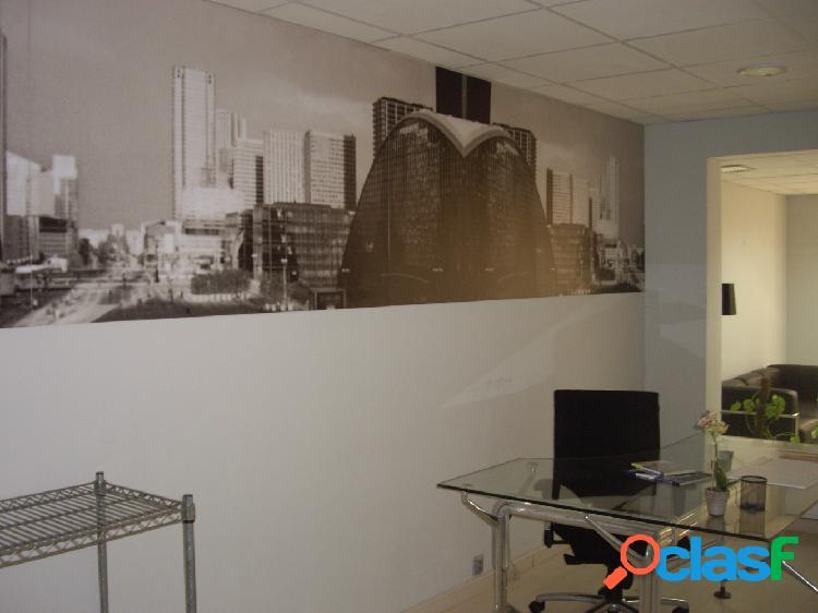 Oficina ALQUILER/VENTA en Castellón, zona Plaza la Paz, 110m de superficie, 3 zonas de trabajo.