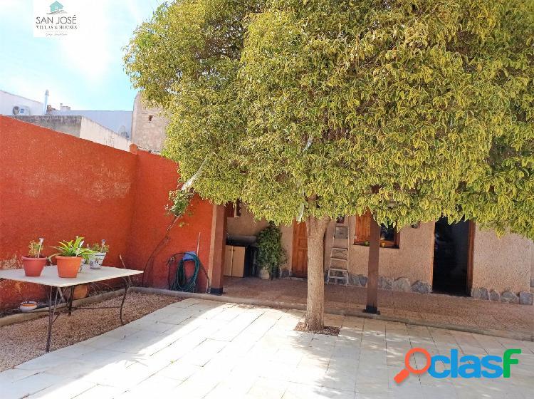 Inmobiliaria San Jose casa en Xinorlet Monovar, Alicante 2