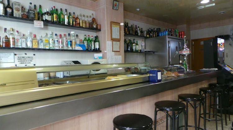Local (bar) en traspaso o venta en la torrasa