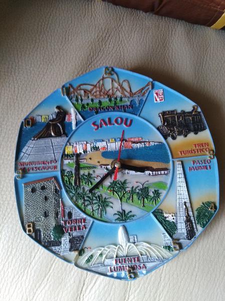 Reloj de visita a salou souvenir