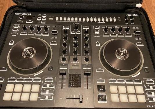 Roland dj 505 y pack más akai mpx8