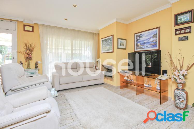 Chalet en venta de 284m² en Calle Ripoll, 08394 Sant Vicenç de Montalt (Barcelona) 3