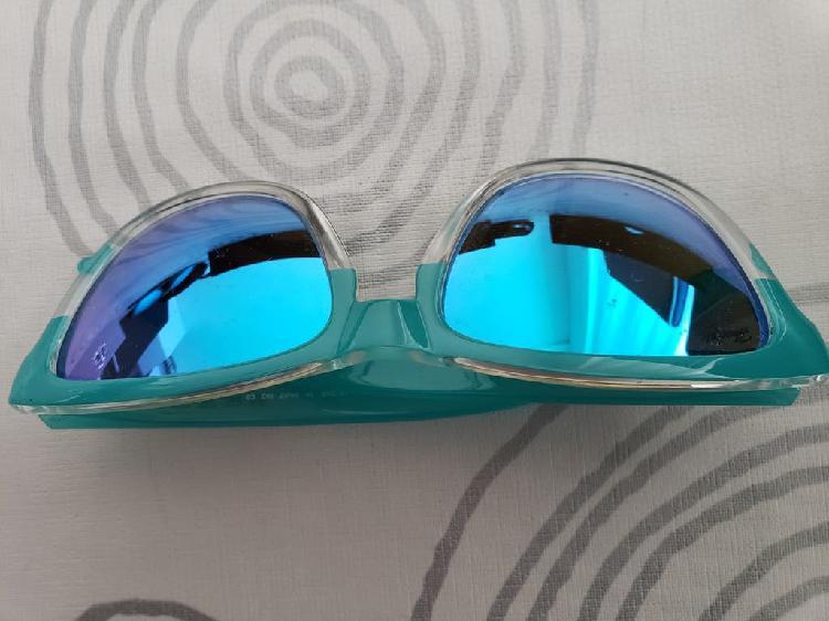 Par de gafas hawkers
