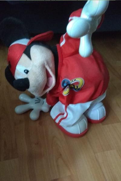 Muñeco de mickey mouse