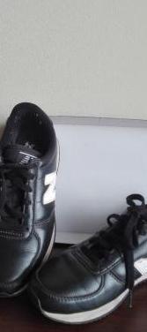 Bambas negras new balance (piel sintética)