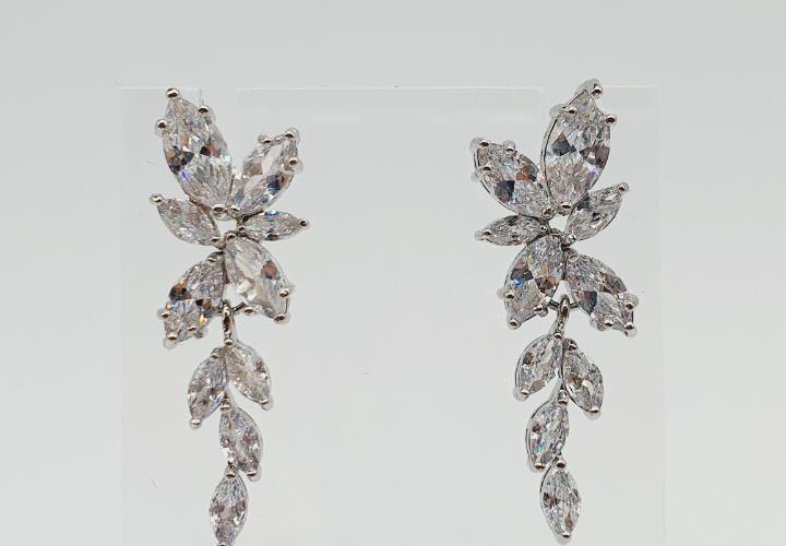 Magníficos pendientes de lujo para novia chapados en oro