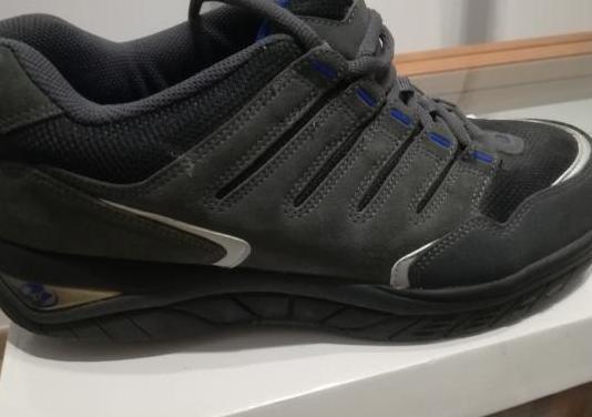 Zapatillas con ruedas adulto 45.5