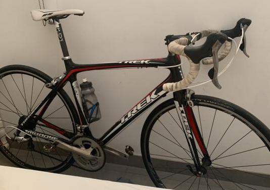 Bicicleta trek madone carbono