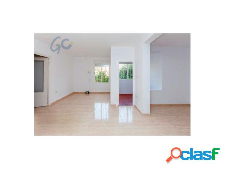 Gc pone a la venta un fantástico piso en planta baja en granada capital en el barrio de casería de montijo