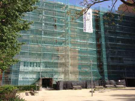 Empresa de albañilería con andamios en propiedad para