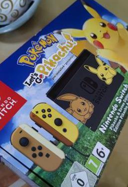 Nintendo switch ed limitada pikachu poco uso