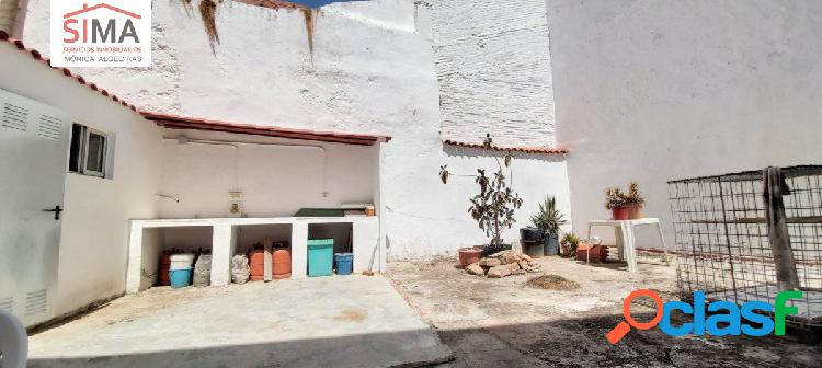 Casa singular en pueblo de la safor valencia sur