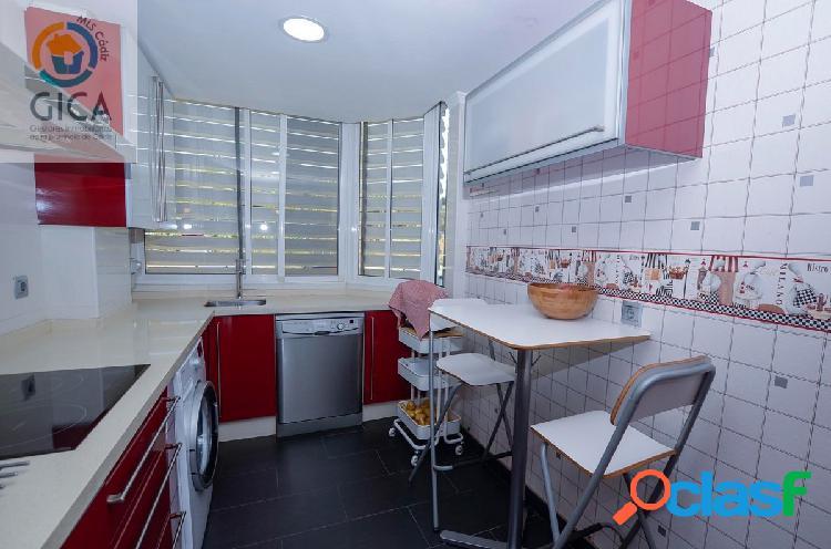 Piso de 3 habitaciones en Jardines de Algetares, urbanización con zonas verdes y piscina comunitaria 2