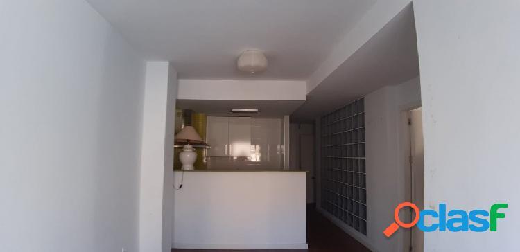 Apartamento en el centro de benidrom