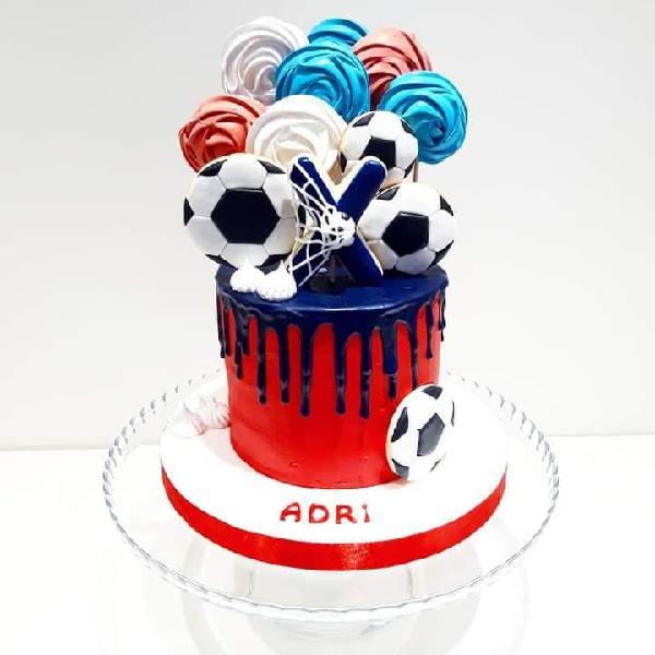 Drip cake futbol