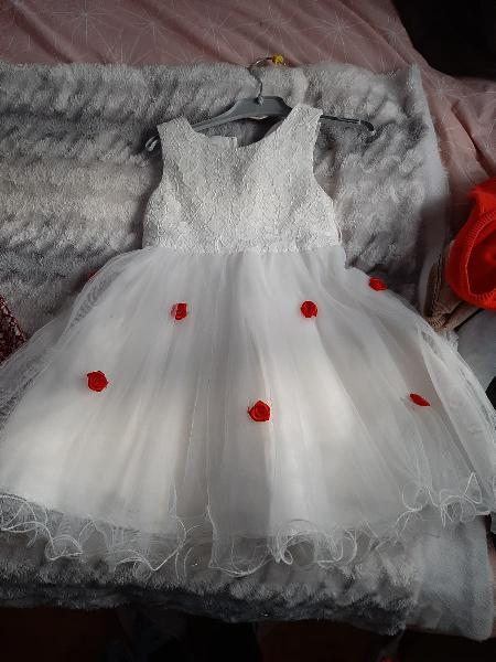 vestido de fiesta o ceremonia