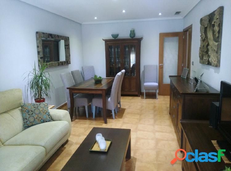 Inmobiliaria san josé vende piso en el centro de monóvar, alicante