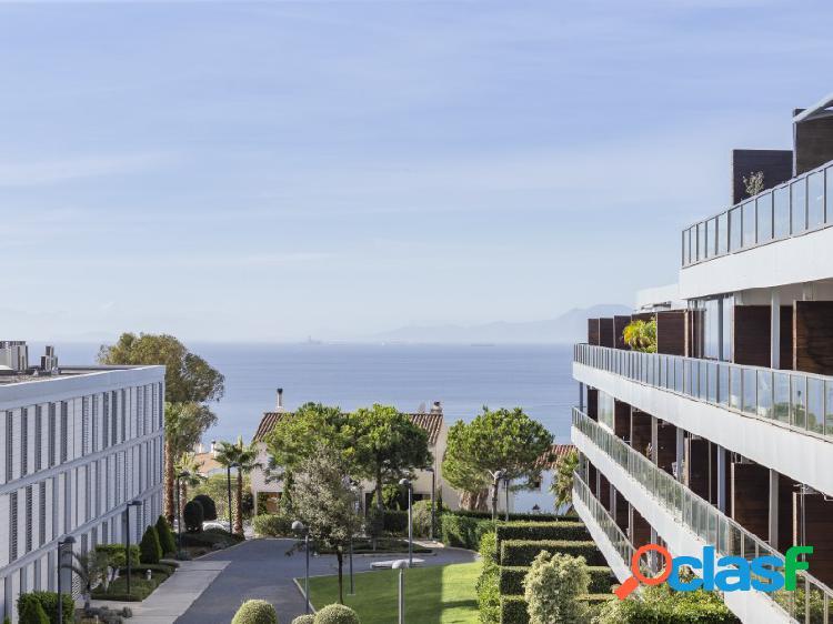 Apartamento de 3 habitaciones con vistas al mar en la paloma, manilva a 5 minutos de sotogrande