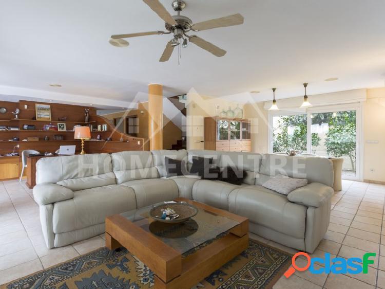 ✔ 795.000 € (▼858.000 €) Casa de 4 dormitorios con piscina 3