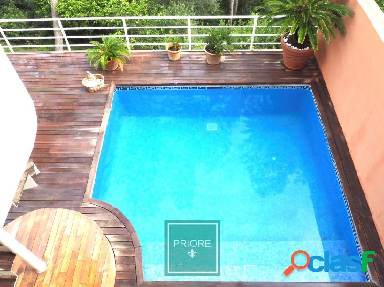 Duplex con piscina privada en Golf Bendinat