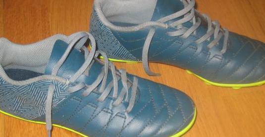 Botas de futbol niño
