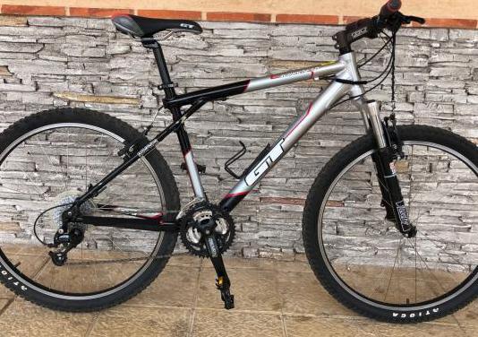 Bicicleta montaña gt avalanche 1.0