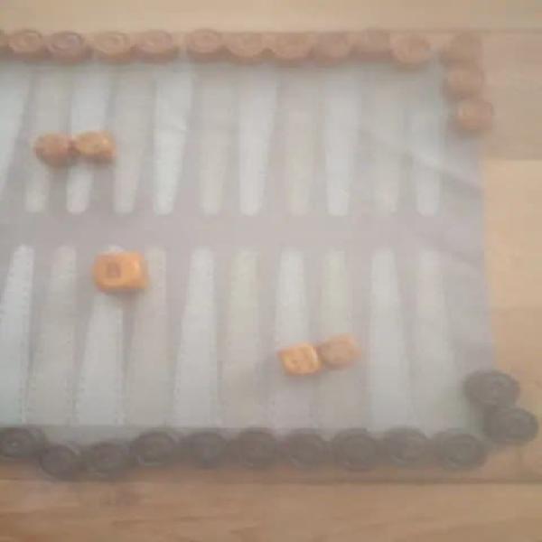 Backgammon, tablut y jut (bcnarmario)