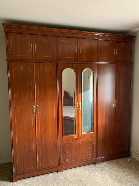 Habitación completa estilo clásico